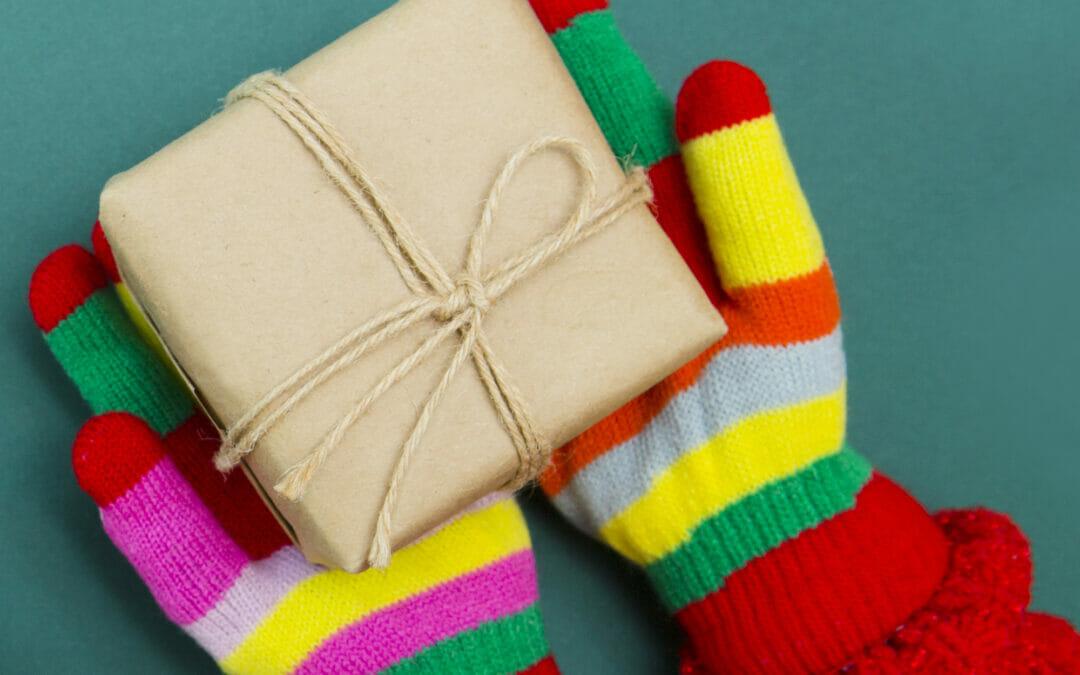 Do Good December: Gift Card Drive